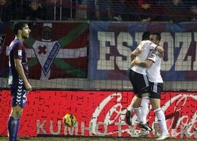 Un Eibar sin puntería cae ante un Valencia muy efectivo (0-1)