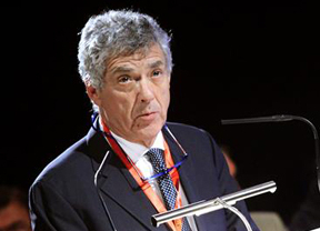 Villar, erre que erre, se niega a justificar las ayudas públicas a la Federación