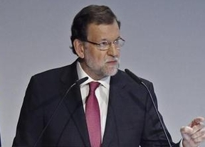 Rajoy, lanzado ya a la campaña, comparece de nuevo ante los medios