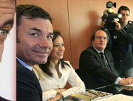 Rajoy se hace la foto hasta con la cola del Inem: