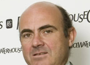 De Guindos cree que España no cumplirá el objetivo de déficit para 2011