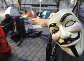 Anonymous juega sucio y publica datos privados del ministro Wert, Sinde y más personajes públicos