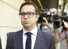 El fiscal pide 5 años de cárcel para Pedro Farré por cargar servicios de prostitutas a la SGAE