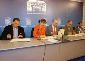 La Diputación de Guadalajara suscribe un nuevo compromiso económico con los grupos de desarrollo rural