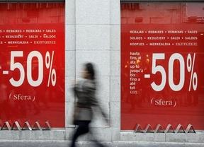 Los descuentos agresivos marcan las rebajas ante el descenso de las ventas