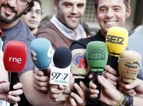 Guerra del fútbol: las radios, acosadas hasta en las salas de prensa