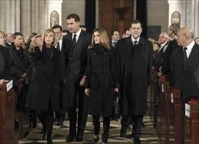 'Consejo de Ministros' en la catedral de la Almudena por el funeral de Fraga