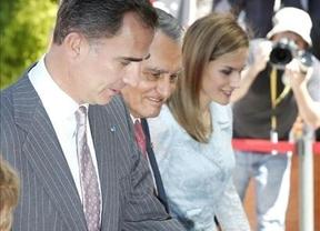 Felipe VI estrecha lazos con Portugal para trabajar