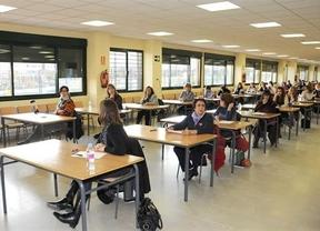 Las academias de Castilla-La Mancha ya notan la convocatoria de oposiciones a docente