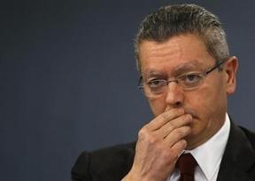 Gallardón insta a la Fiscalía y la Agencia Tributaria a investigar a Jordi Pujol