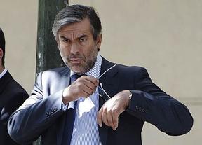 El juez Enrique López da positivo en la prueba de alcoholemia tras ser interceptado por la Policía por ir sin casco