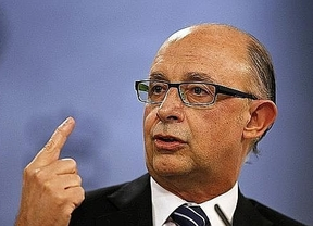 Palabra de ministro: Montoro garantiza que los funcionarios cobrarán la paga extra de Navidad en 2014