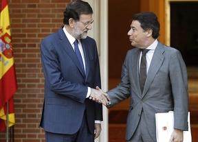 Rajoy y González acuden por sorpresa al Hospital Carlos III a dar la cara sobre el ébola