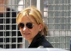 Castro adelanta la declaración de la infanta Cristina un mes, pero puntualiza que no acudirá voluntariamente como aparenta la defensa
