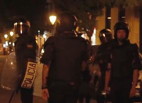 Un vídeo muestra a antidisturbios proponiendo violencia gratuita: