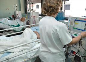 El PSOE denuncia que este verano cerrarán el 25% de las camas hospitalarias