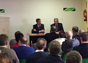 Antonio Román aboga por las soluciones hidrológicas que propuso Aznar en una reunión con agricultores