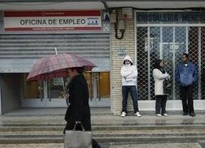 El Gobierno estudia la posibilidad de que empresas privadas suplan al Inem para buscar trabajo a los parados