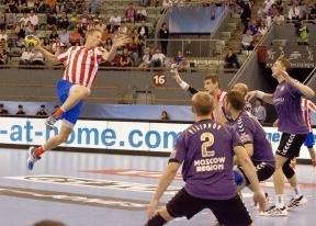 El Atlético de balonmano, también 'Pupas': el campeón ruso le empata en el último segundo (30-30)