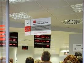 El paro sube en 25.500 personas en Andalucía y baja 70.800 en el resto de España