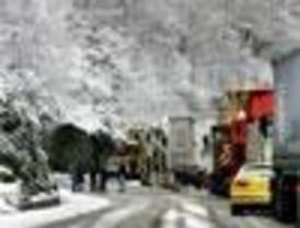 Protección Civil alerta a seis Comunidades Autónomas de fuertes vientos y nieve