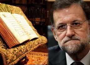 Las funciones del presidente: entregar 'Códices Calixtinos'