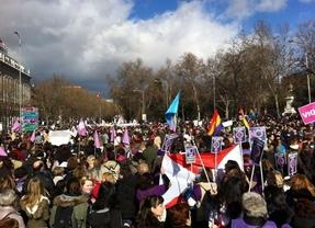Miles de personas se suben al 'Tren de la libertad' contra la ley del aborto de Gallardón