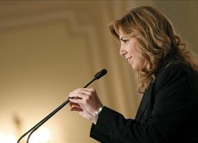 Susana Díaz cuestiona el 'Zapaterato' y lanza en Madrid un discurso de líder de la oposición