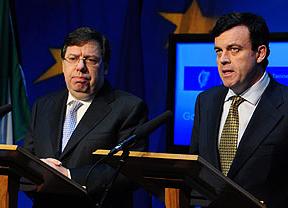 El Gobierno irlandés fija la 'eliminación' de 23.500 funcionarios hasta 2015