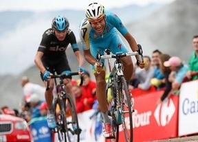 Aru gana y Froome le arrebata el segundo puesto a Valverde