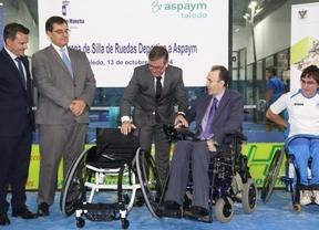 Aspaym Toledo ya cuenta con una silla de ruedas para la práctica del pádel