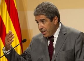 La Generalitat 'reta' al Constitucional: seguirá multando a los comercios que no rotulen en catalán
