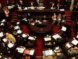 El Gobierno pide la renuncia de electo magistrado del Tribunal Constitucional