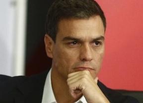 Pedro Sánchez, de acuerdo con Aguirre... exige responsabilidades políticas por la filtración de sus datos fiscales