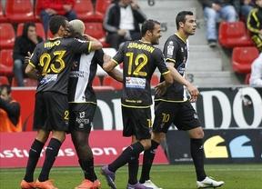 El Sporting remonta a un Levante que se adelantó dos veces (3-2)