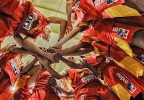 Las chicas son guerreras y muy buenas: España, imbatida hasta ahora, busca ante Serbia la final del Eurobasket