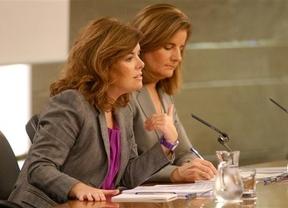 El Gobierno reformará la Administración, pero no cambiará el modelo de Estado como pide Aznar
