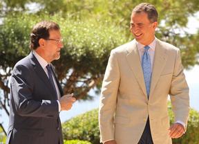 Rajoy resume su despacho estival con Felipe VI: mejoría económica, ébola, Gaza... ¿y Cataluña?