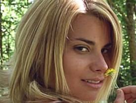 Laporta ficha para su campaña a una actriz porno, María Lapiedra