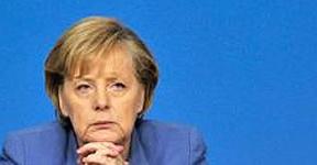 ¿Fin de la soberanía griega?: Merkel propone supervisar al gobierno de Papandreu y Bruselas lo niega