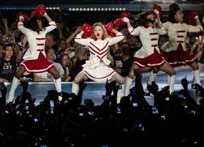 Madonna inicia su gira mundial en Tel Aviv pidiendo a sus fans que trabajen por la paz
