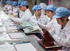 Trabajadores de una fábrica de iPhone piden a Apple mejoras laborales