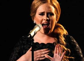 Adele sigue lanzada: obtiene 18 nominaciones a los premios Billboard
