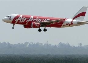 Indonesia confirma el hallazgo de una caja negra del avión siniestrado de AirAsia
