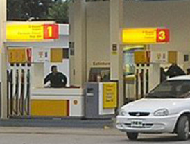La gasolina se encarece un 1% por las revueltas árabes y se sitúa a 0,1 céntimos de su máximo histórico