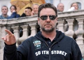 Los guardacostas tienen que rescatar a un Russell Crowe perdido en kayak