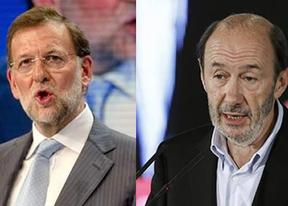 Rajoy y Rubalcaba charlaron en privado antes y después del desfile
