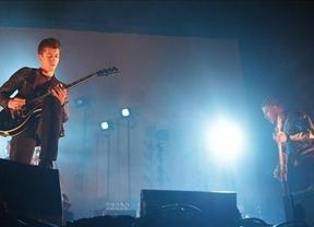 Arctic Monkeys derrochan madurez y confianza en Madrid
