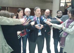 El PSOE recurre al Constitucional la supresión de los sueldos de los diputados regionales