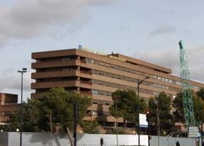 Dimiten seis directivos del hospital de Albacete mientras Echániz critica a los